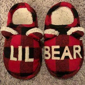 lil bear 🐻 plaid slippers boys 11-12 flannel cute